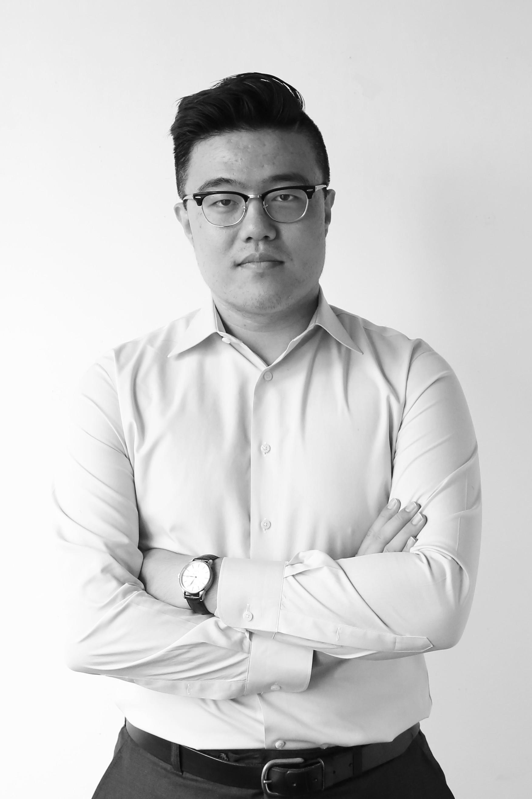 Ruoyu Wei