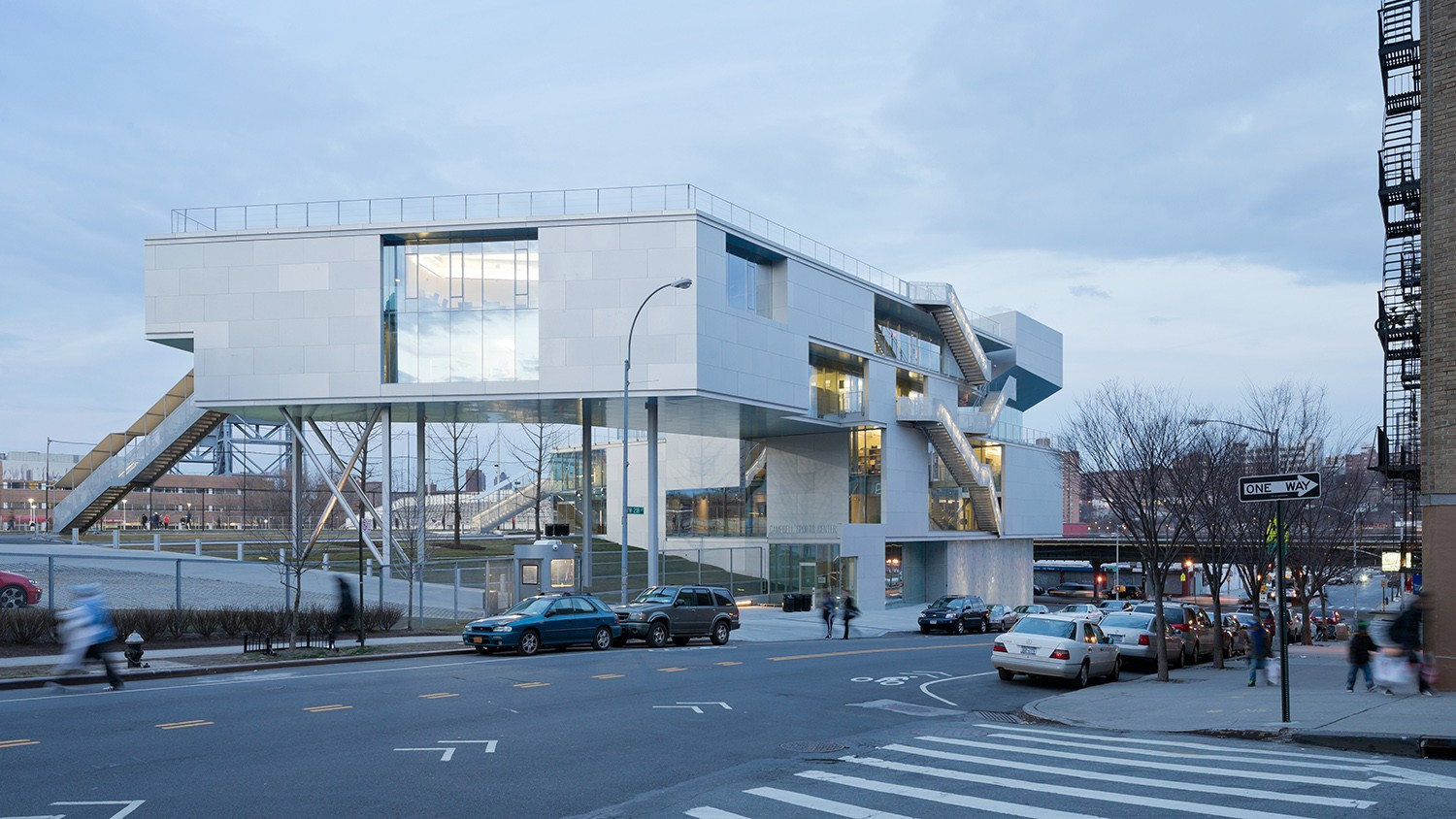 https://stevenholl.sfo2.digitaloceanspaces.com/uploads/projects/project-images/IwanBaan_Campbell13-03SHA2048_WH.jpg