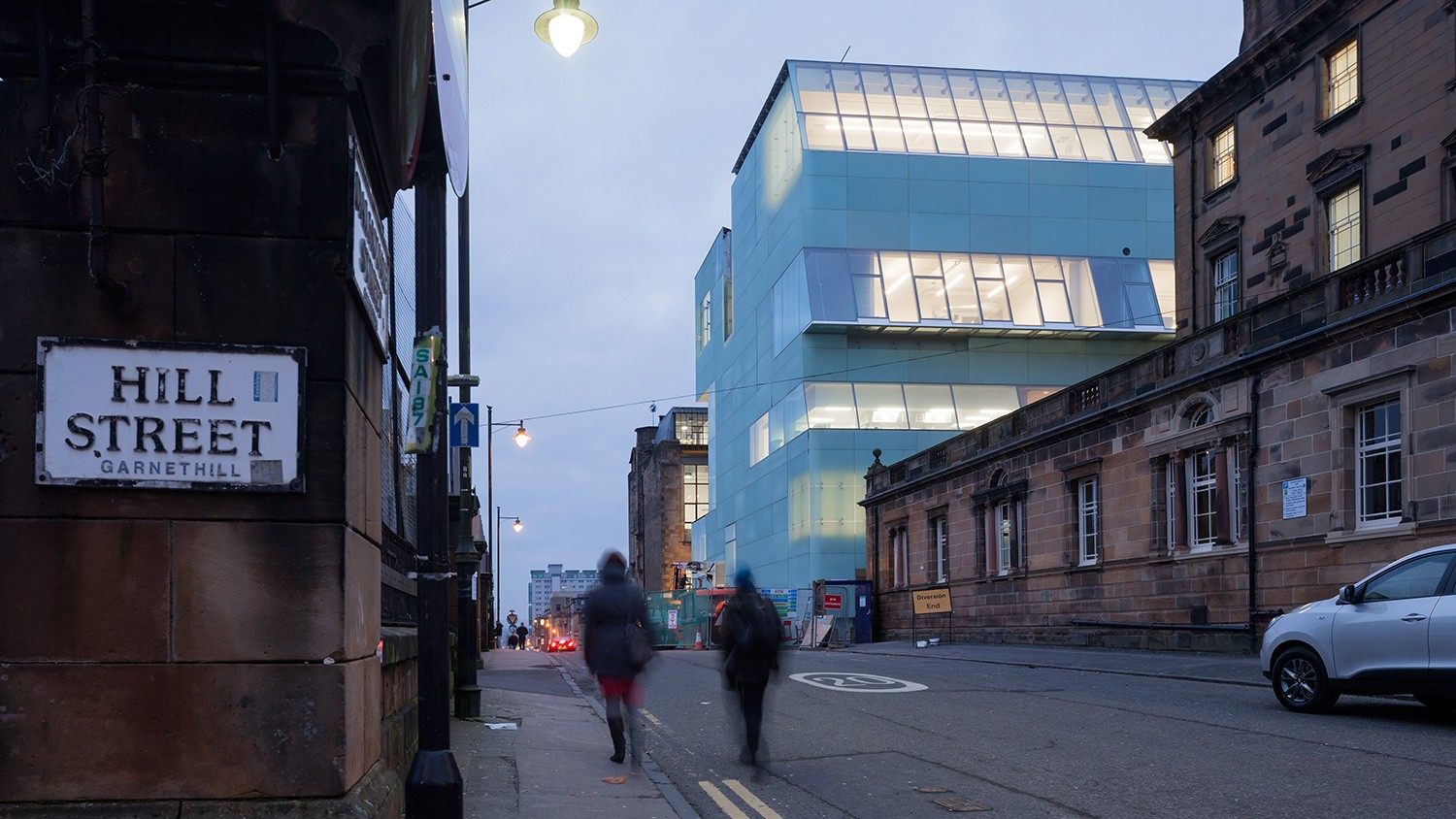 https://stevenholl.sfo2.digitaloceanspaces.com/uploads/projects/project-images/IwanBaan_Glasgow_14-017506_WH.jpg