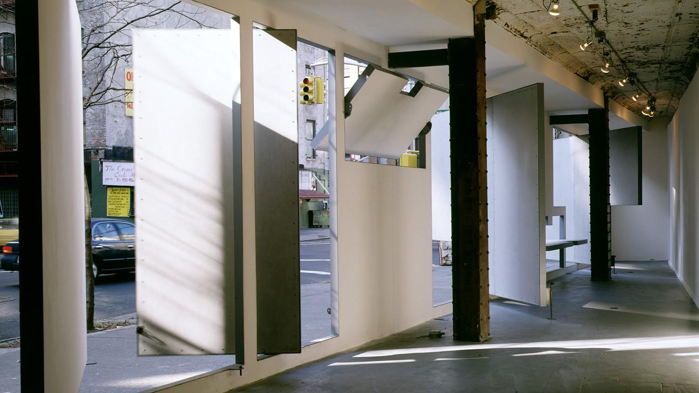 https://stevenholl.sfo2.digitaloceanspaces.com/uploads/projects/project-images/PaulWarchol_Storefront_93-093-01B_WH.jpg