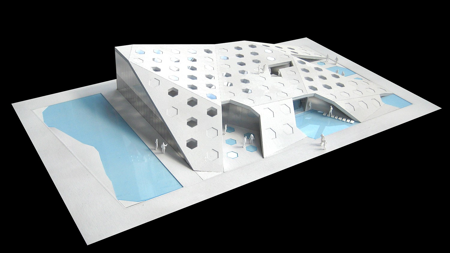 https://stevenholl.sfo2.digitaloceanspaces.com/uploads/projects/project-images/StevenHollArchitects_HangzhouTriax_IMG_5454_WH.jpg