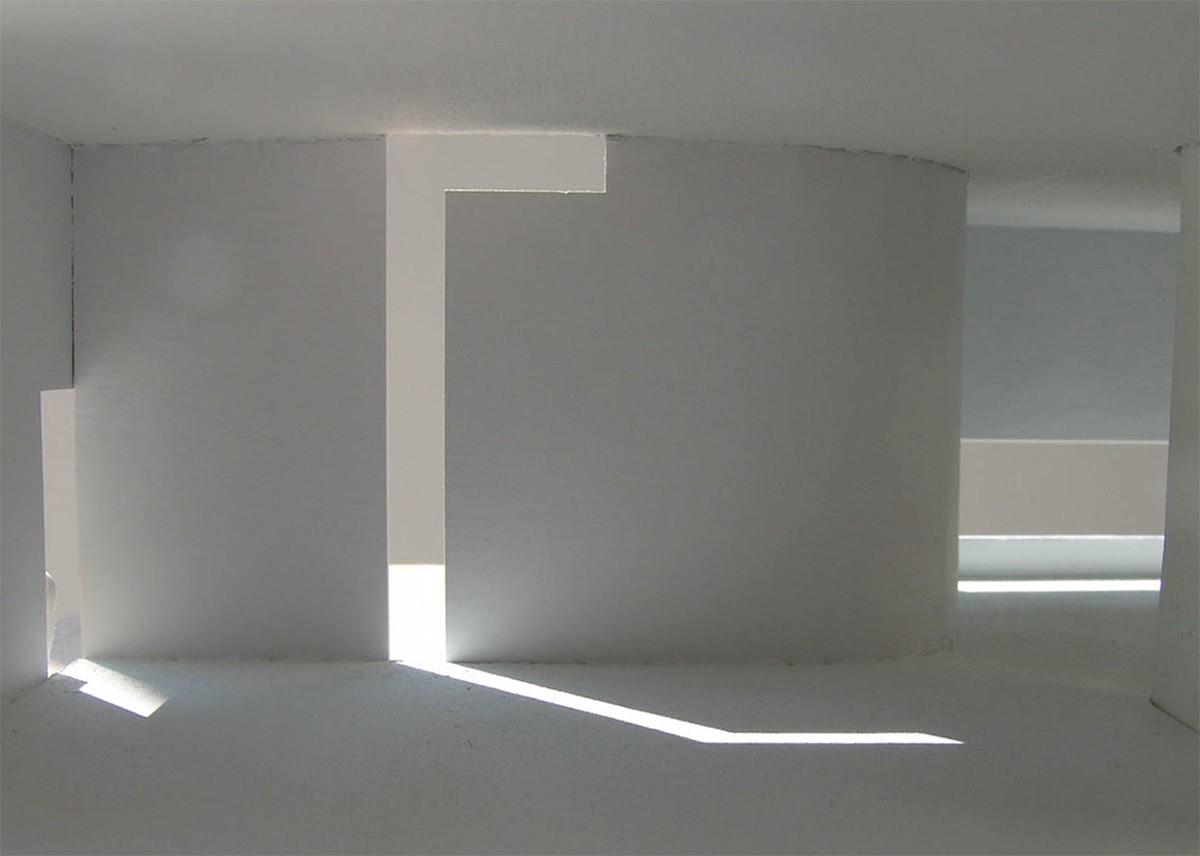 https://stevenholl.sfo2.digitaloceanspaces.com/uploads/projects/project-images/StevenHollArchitects_SunSlice_11am_vol4_WC.jpg