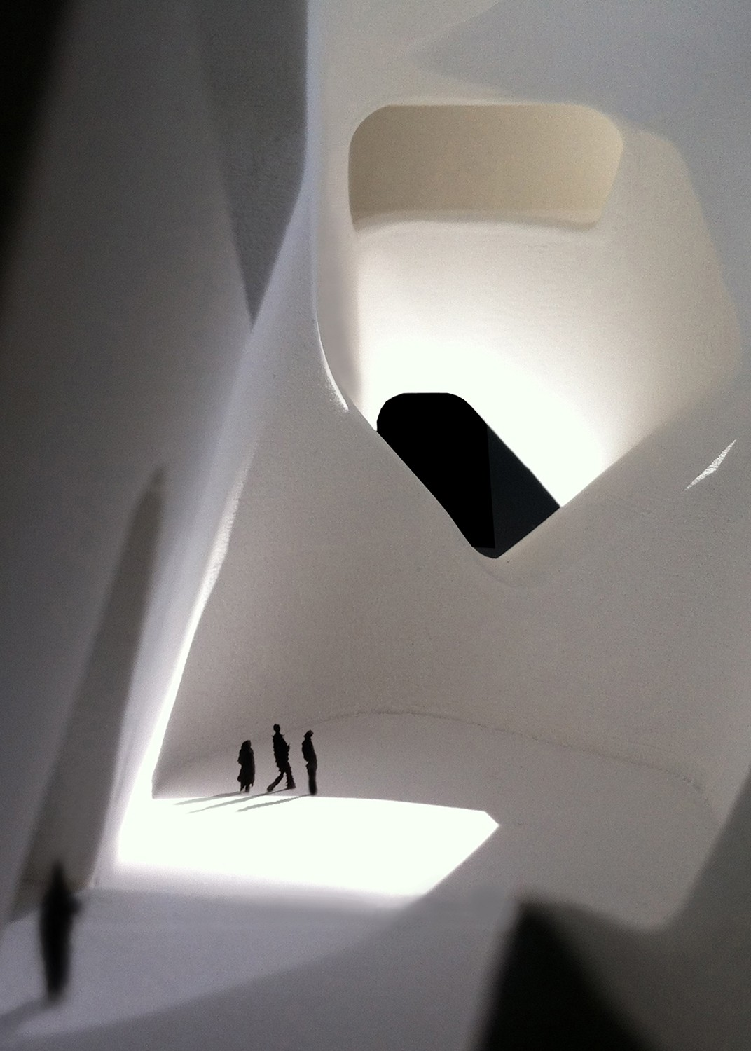 https://stevenholl.sfo2.digitaloceanspaces.com/uploads/projects/project-images/StevenHollArchitects_Tianjin_Interior1_WV.jpg