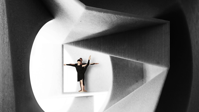 https://stevenholl.sfo2.digitaloceanspaces.com/uploads/projects/project-images/StevenHollArchitects_ToT_DancersKanaKimuraandRandyCastillo_WH.jpg
