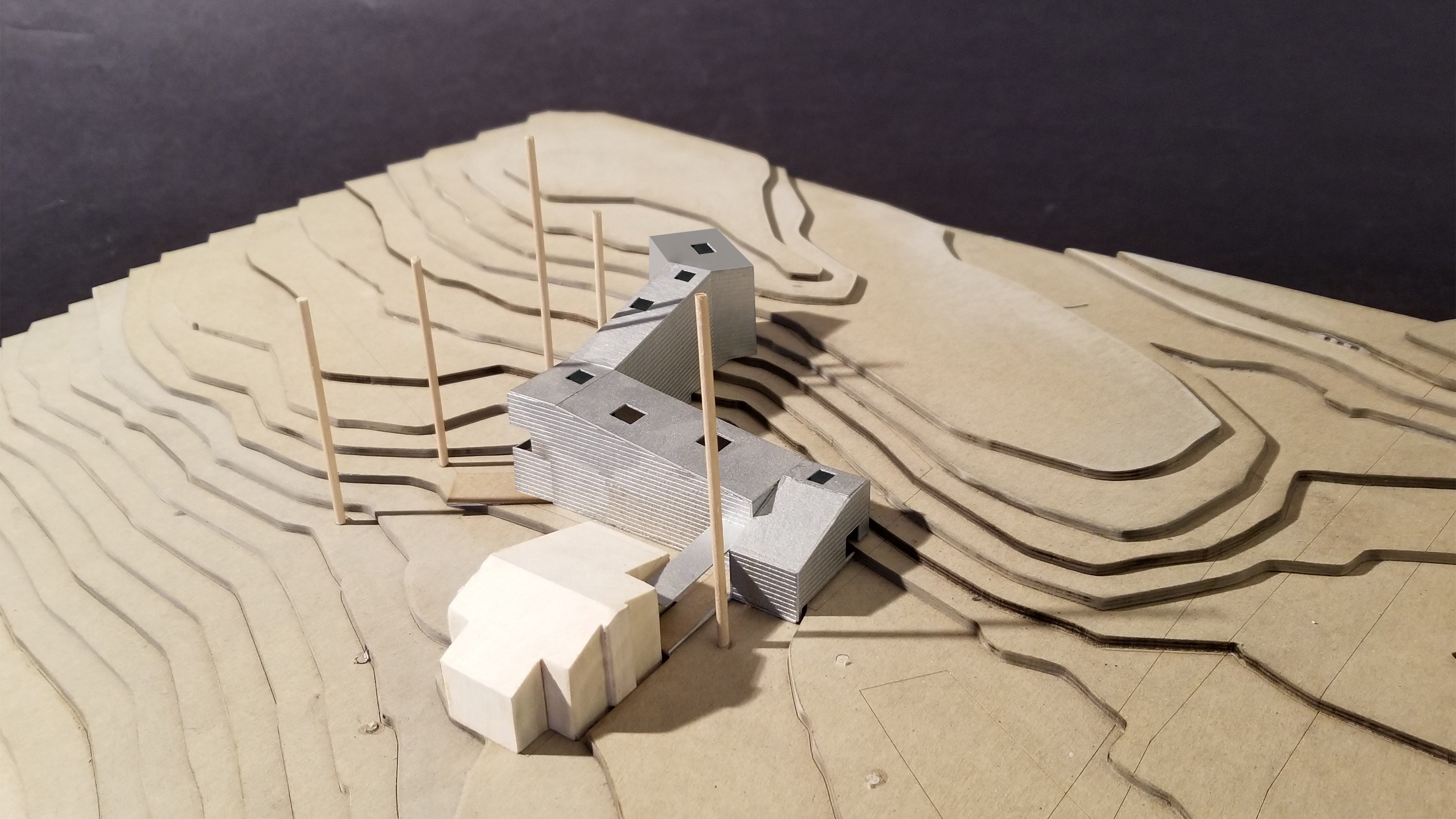 https://stevenholl.sfo2.digitaloceanspaces.com/uploads/projects/project-images/small model_horizontal.jpg